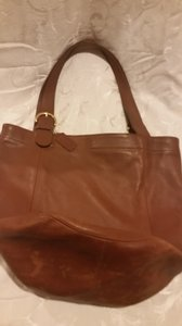 Coach Refurbished Leather X-lg Tote in Tan