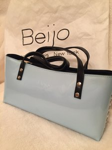 Beijo Popstar Shoulder Bag