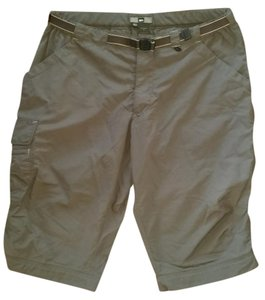 REI Cropped pants zippered pockets SPF 30