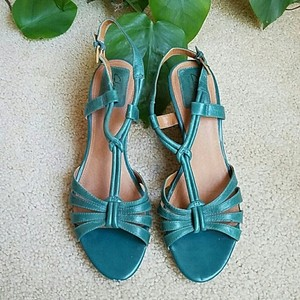 ee2eae395 Women s Blue Clarks Shoes - Up to 90% off at Tradesy