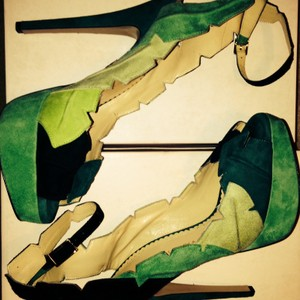 Charlotte Olympia Green Pumps