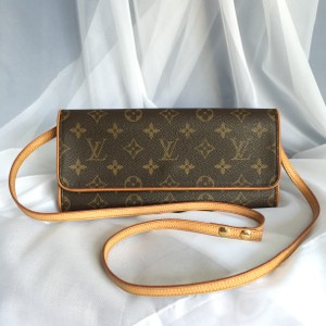Louis Vuitton Pochette Twin Pochette Gm Cross Body Bag