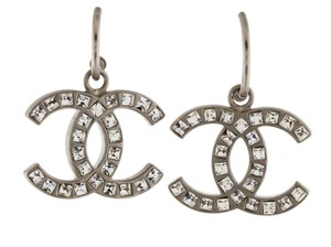 Chanel Chanel silver tone interlocking CC crystal drop earrings