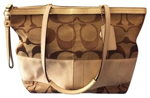 Coach Tote in Khaki, White