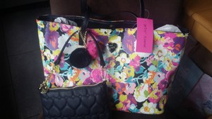 Betsey Johnson Tote in pink black