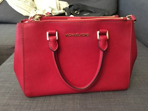 Michael Kors Sutton Leather Satchel in Red