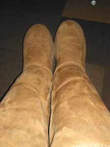 UGG Australia Shearling Chestnut Boots