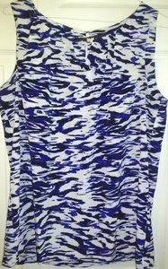 Dana Buchman Silky Polyester Not Iron Needed Cold Wash Non Bleach Free Shipping Top White and Blue