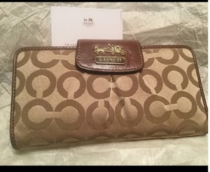 Coach Vintage coach Tan/brown wallet