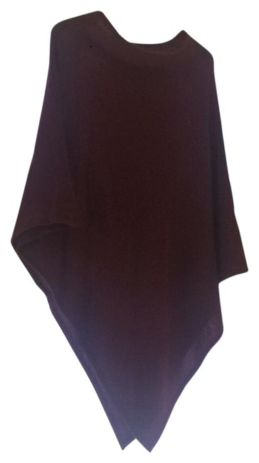 Item - Burgundy Tending Towards Cherry Poncho/Cape Size OS (one size)