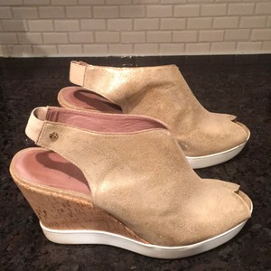 Donald J. Pliner Gold Wedges
