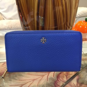 Tory Burch Mercer Continental Zip Wallet