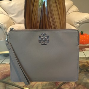 Tory Burch Wristlet in French Gray