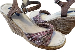 American Eagle Outfitters Plaid Wedges