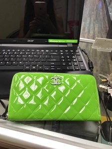 Chanel CHANEL CLASSIC GREEN PATENT LEATHER ZIP AROUND WALLET RETAIL $1125