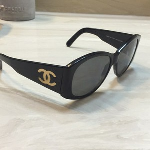 Chanel Black Vintage Heavy Plastic