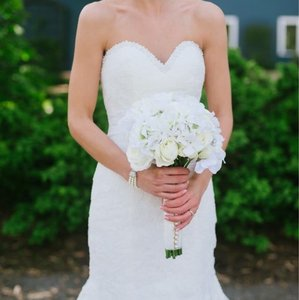 Allure Bridals Ivory Lace 2501 Formal Wedding Dress Size 0 (XS)