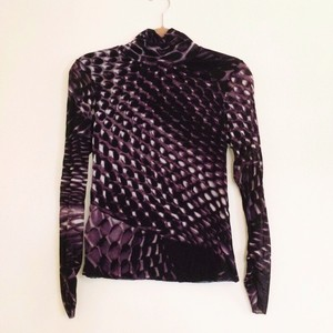 Vivienne Tam Top Black, white, and purple