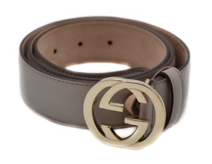Gucci Women's Gucci Leather Rose Beige Belt With interlocking GG Buckle
