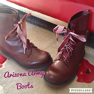 Arizona Jean Company Wine Boots