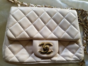 Chanel Lambskin Gold Chain Shoulder Bag