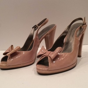 Linea Paolo Patent Leather Heels Bow Feminine Flirty Pale pink Pumps