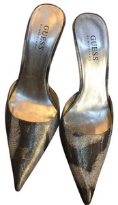 Guess By Marciano Brown and gold Pumps