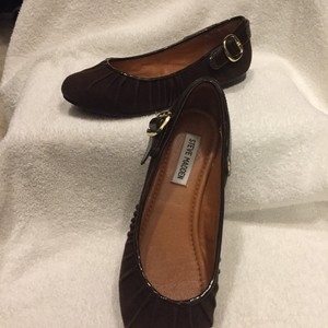 Steve Madden Brown with gold hardware Flats