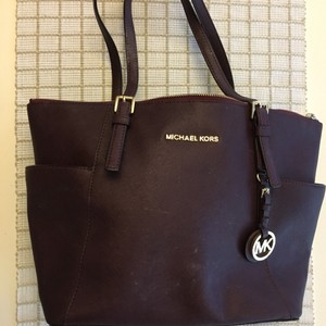 MICHAEL Michael Kors Tote in Plum