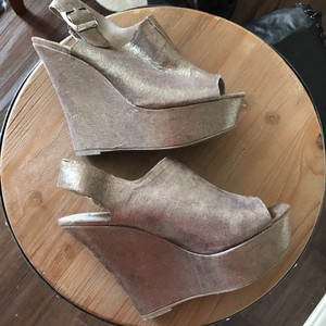 Steve Madden Gray Wedges