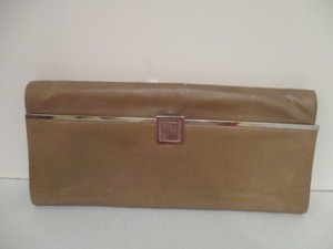 Perry Ellis Vintage Envelope Latch Leather Camel Clutch