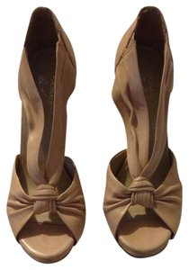 Donald J. Pliner Nude Wedges
