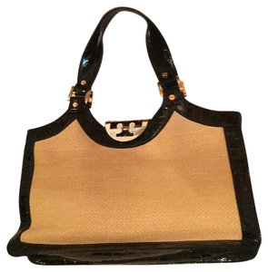 Tory Burch Tote in Black And Golden