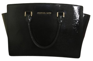 Michael Kors Crossbody Satchel Tote in Black