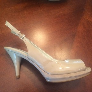 Nine West Suede Patent Leather Nude Sandals