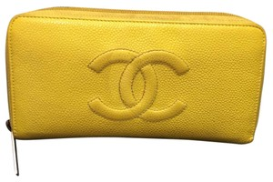 Chanel Chanel Yellow Logo Cc Caviar