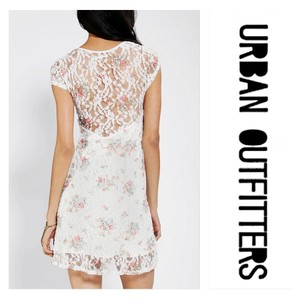 Urban Outfitters short dress White floral on Tradesy