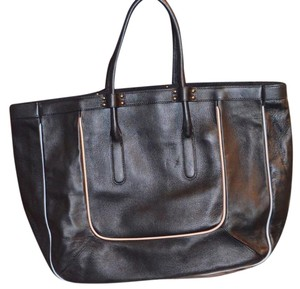 Chloé Chloe Leather Tote in black
