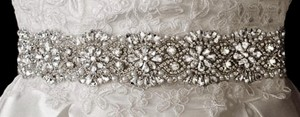 Full-circle Floral Beaded Bridal Belt In White