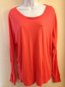 Old Navy T Shirt orange