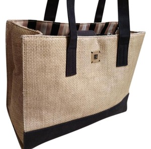 DKNY Tote in Beige/Black