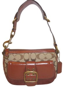 Coach Refurbished Leather Suede Lined Shoulder Bag