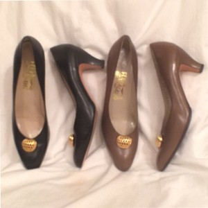 Salvatore Ferragamo Aaa Leather Black Brown Gold Pumps