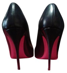 Christian Louboutin Leather Classic Sexy Black Pumps