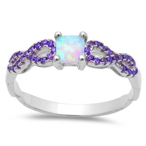 9.2.5 Beautiful opal and amethyst princess ring size 6