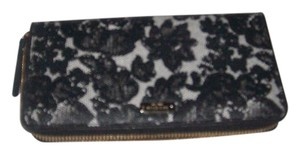 Kate Spade Kate Spade Lace Black Pebbled Leather Zipper Around Wallet