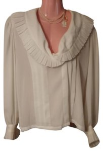Liz Claiborne Elegant Top antique white