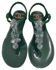 Chanel Camellia Thong Flower Cc green Sandals