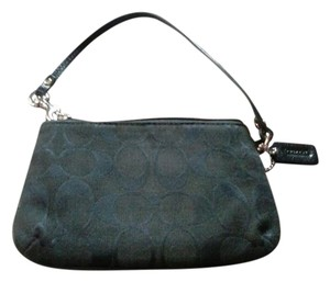 Coach Dark Brown Leather Nwt Wristlet in black