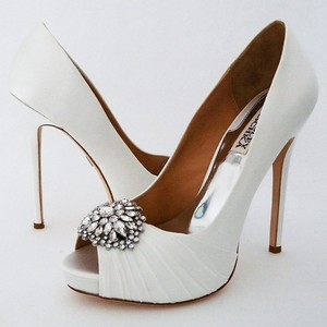 Badgley Mischka Wedding Shoes Bridal Shoes Peep Toe Platform Crystal Ornament Wedding Shoes
